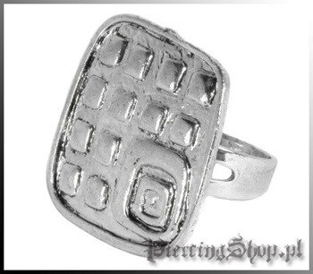 pierścionek KWADRAT
