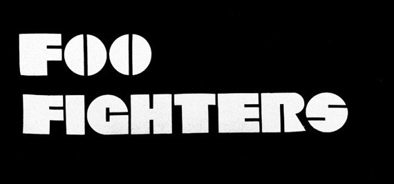 ekran FOO FIGHTERS - LOGO