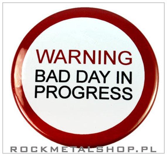 kapsel WARNING BAD DAY IN PROGRESS średni